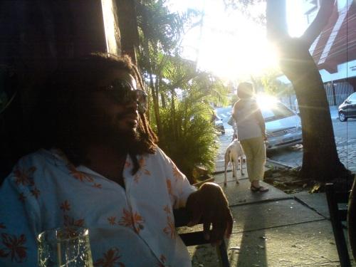 Kiluanji num final de tarde na Vila Madalena