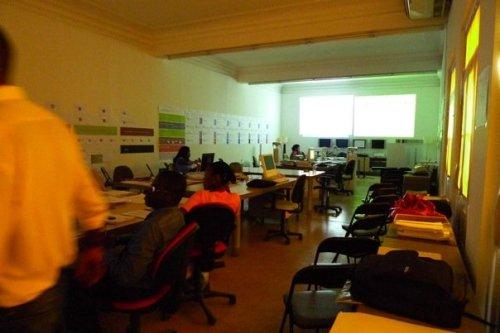 escritório da Fundação Sindika Dokolo em Luanda, pouco antes da conferência de imprensa
