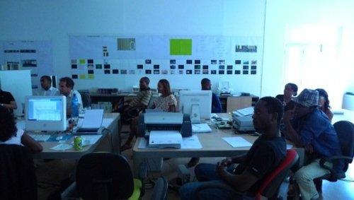 assistindo à apresentação da Trienal de Arquitectura de Lisboa